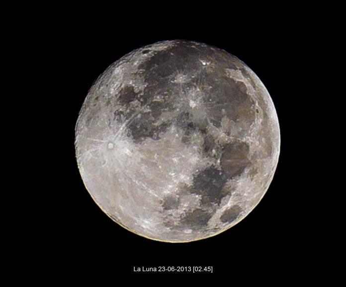 Full Moon 02.45 Nik