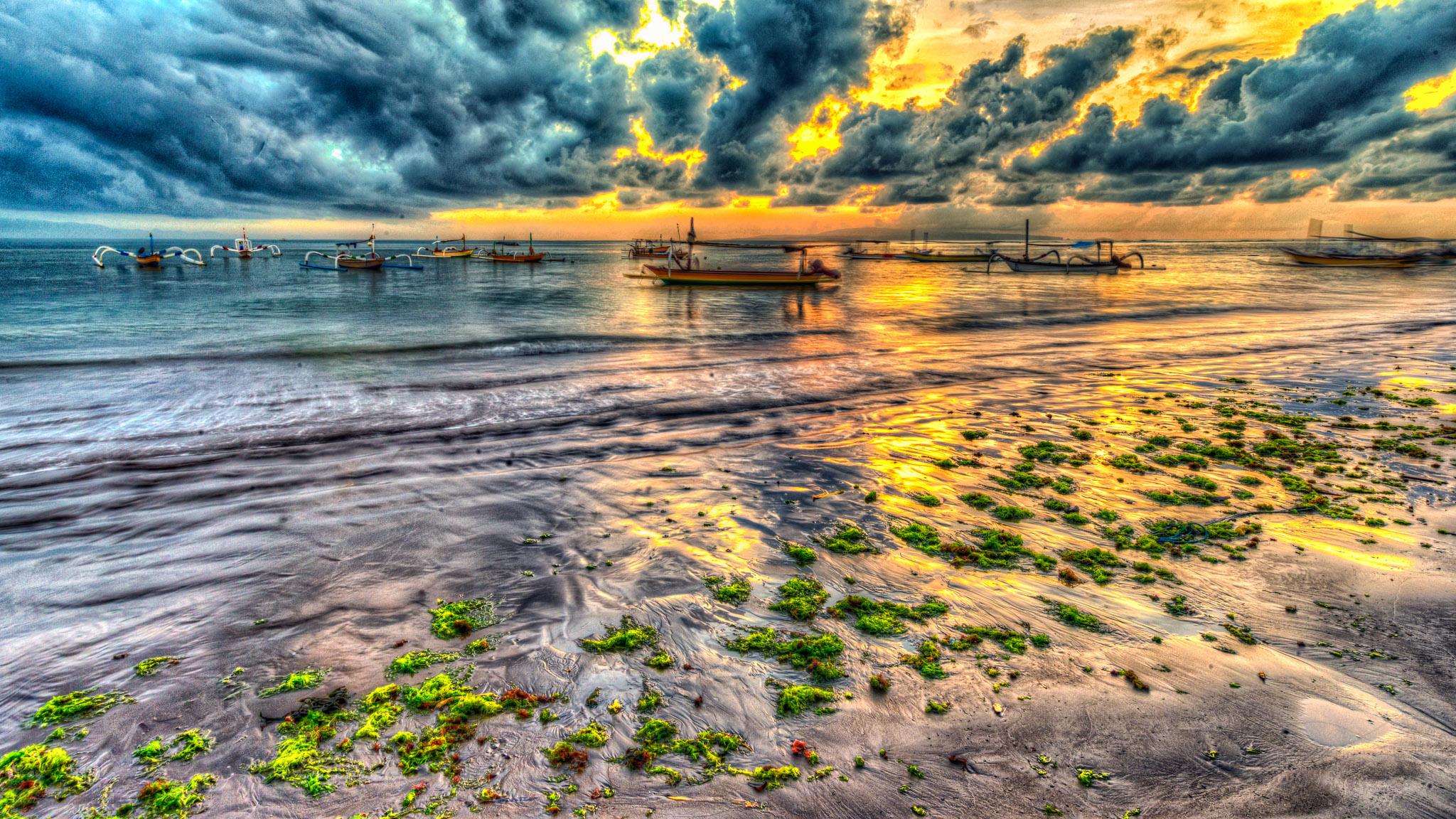 Sanur Beach. HDR dari satu frame.