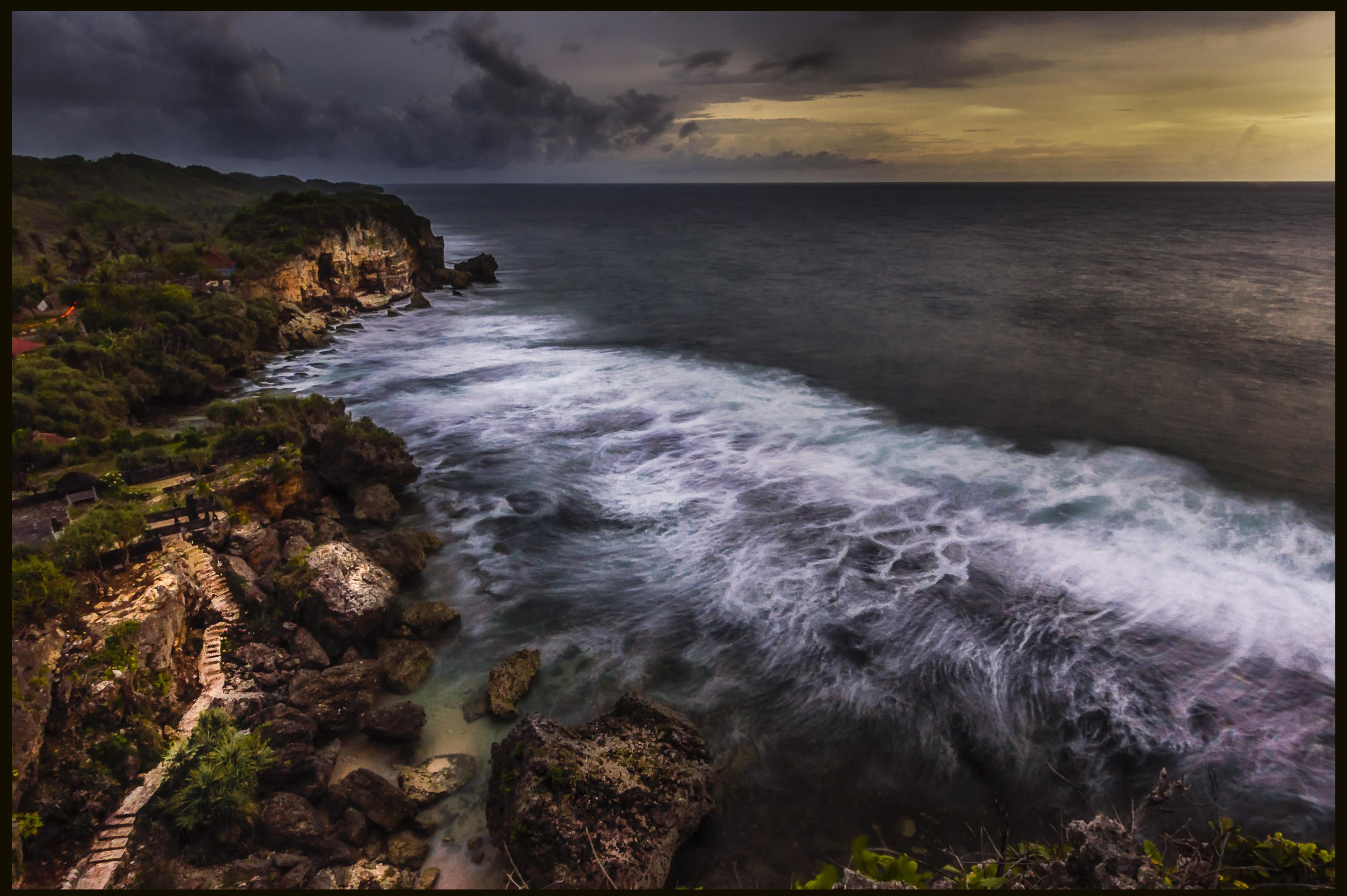 Ngobaran Waves - Iksa Menajang