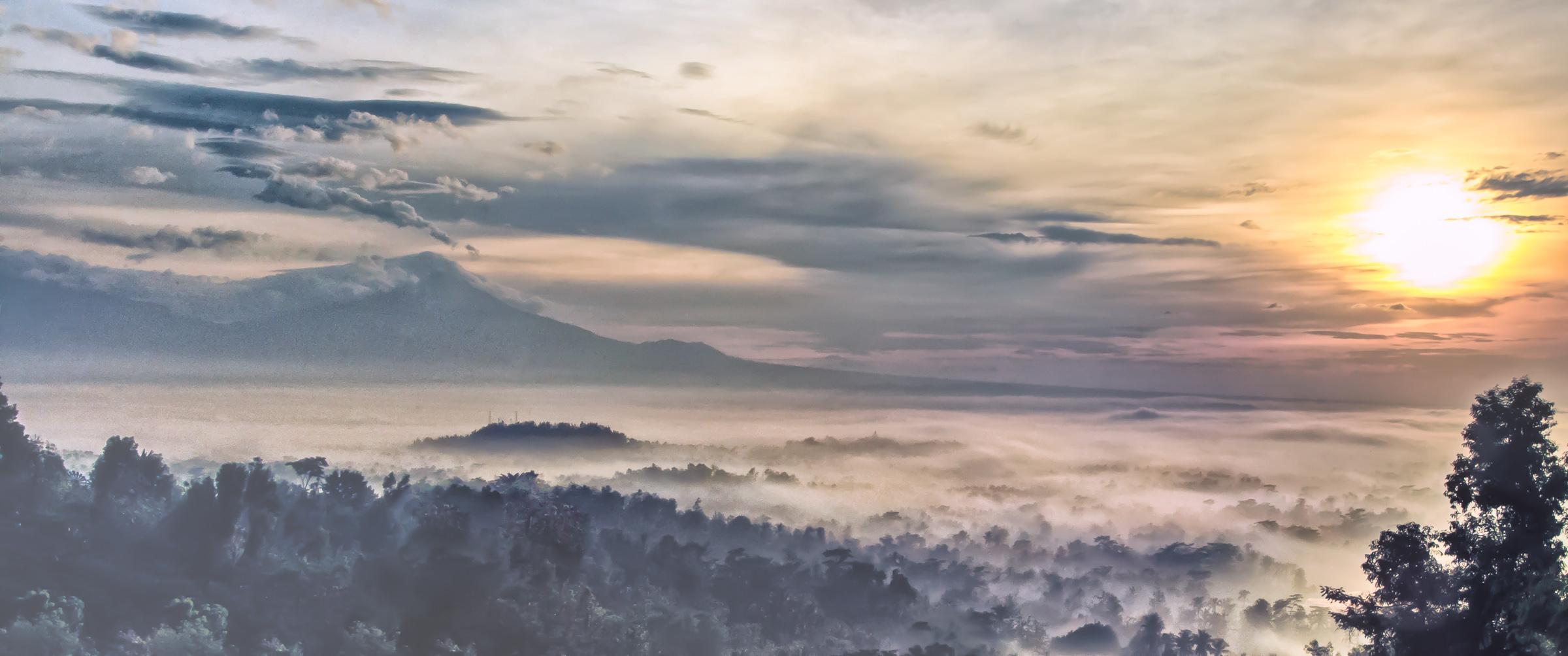 Setumbu Borobudur - Iksa Menajang
