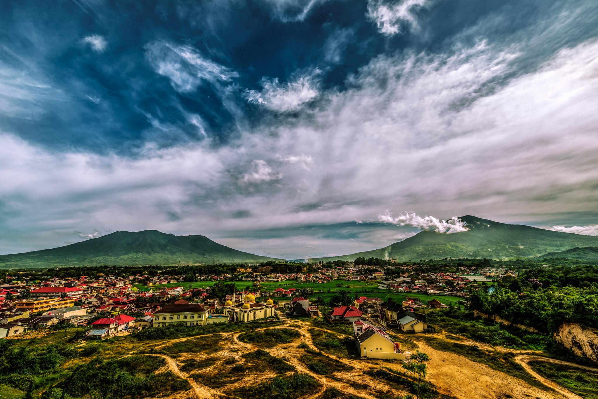 Merapi Singgalang HDR - Iksa Menajang