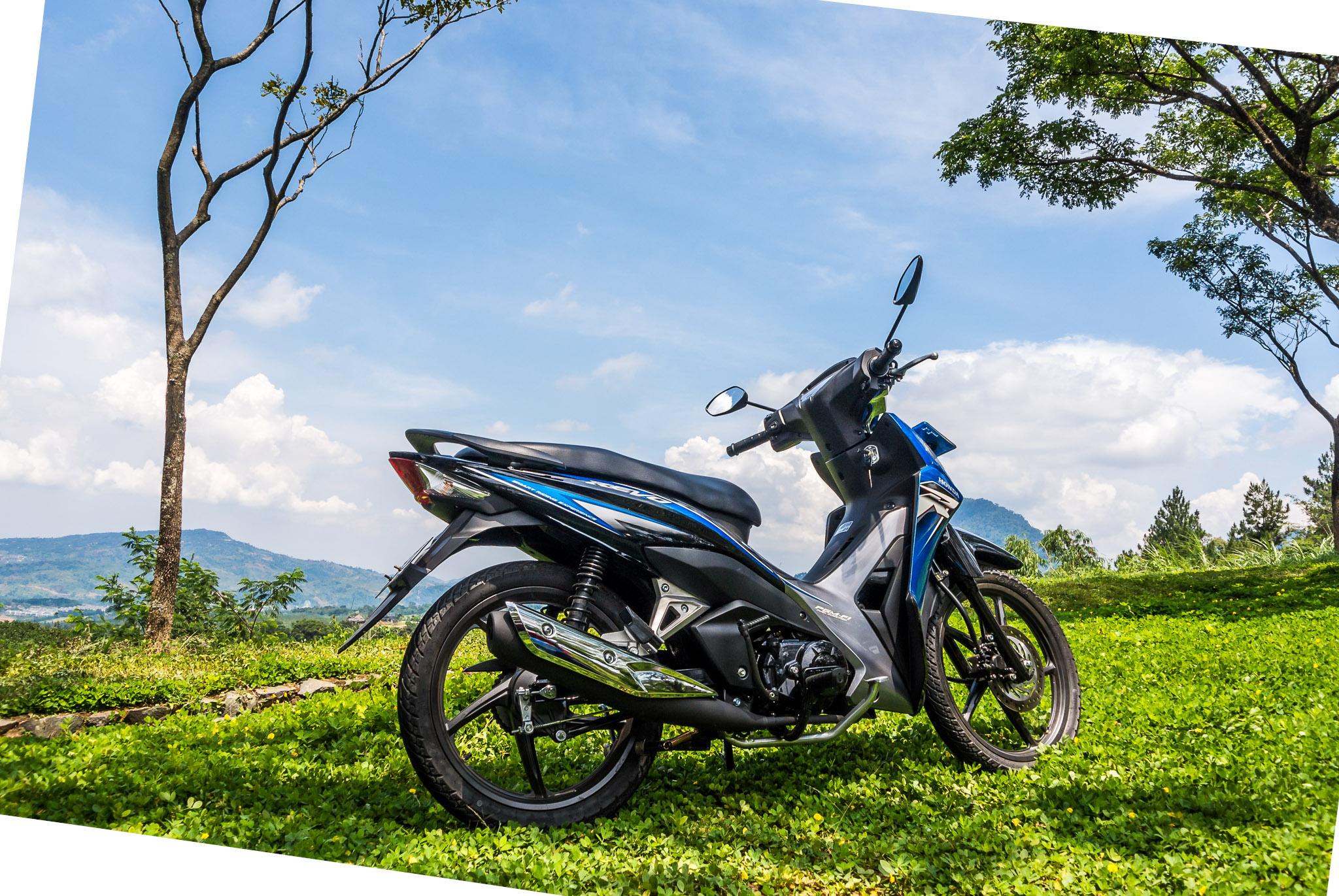 Honda Revo FI - Iksa Menajang