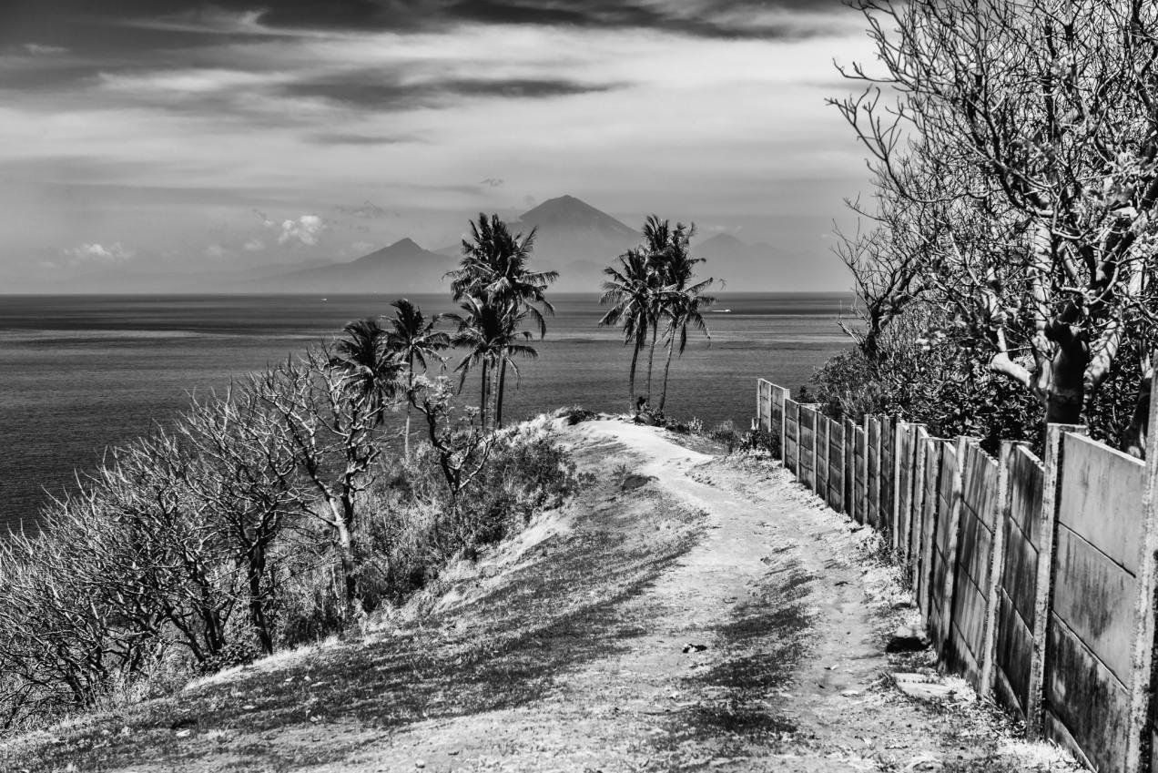 Lombok Merapi Batur - Iksa Menajang