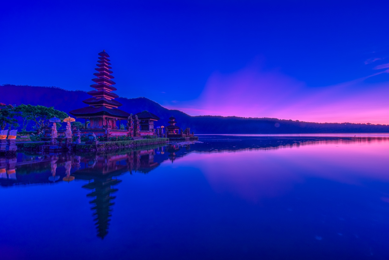 Ulun Danu Temple At Dawn